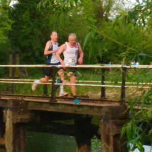 GBR 2015 Andy M hacking it across the River Lea at the end of his leg on Saturday